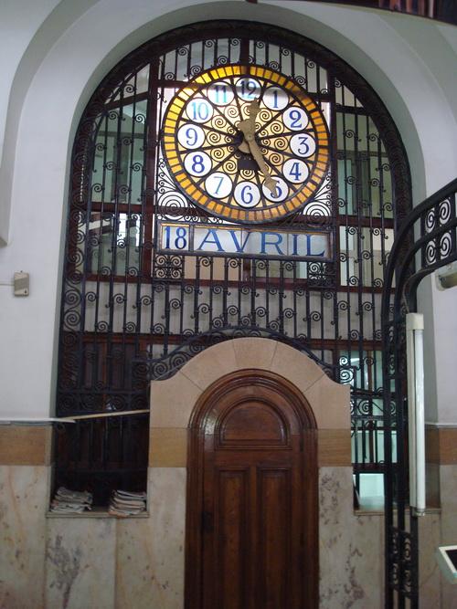 la poste - Adrien Laforgue - 1918 - horloge intérieure